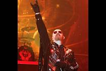 Frontman skupiny Judas Priest Rob Halford si od fanoušků vysloužil přezdívku Metalový Bůh.