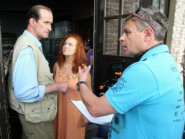 V hlavních rolích filmu režiséra Filipa Renče Sebemilenec se představí herci Simona Stašová a Jaromír Dulava.