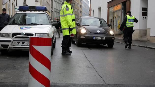 Městští strážníci kontrolují řidiče vjíždějící do centra Brna
