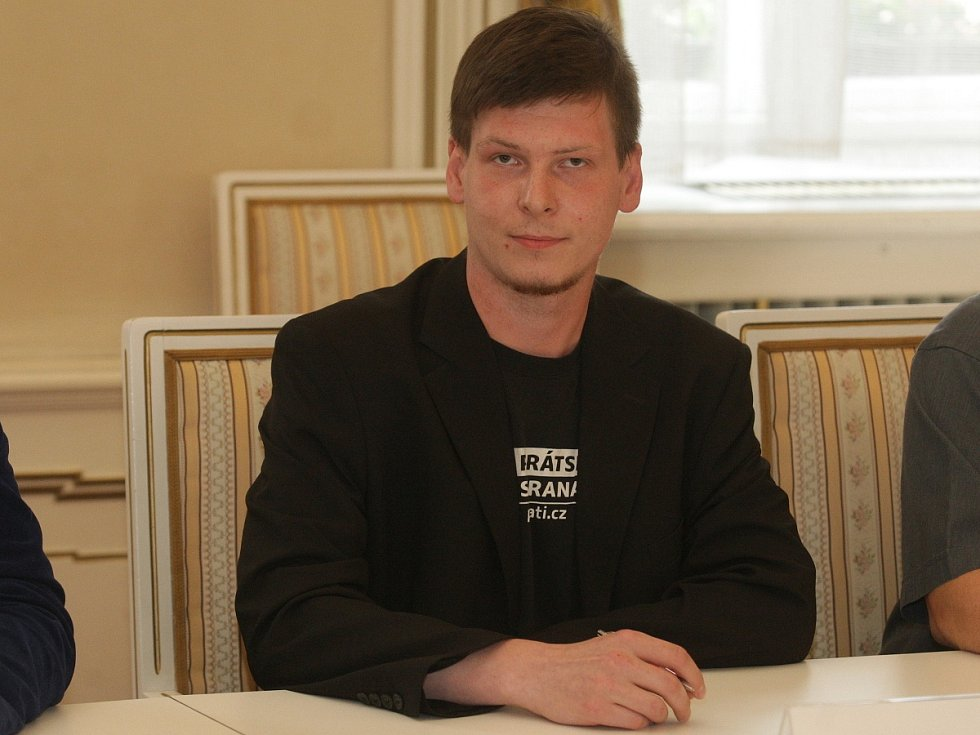 Tomáš Koláčný za Žít Brno a piráty.