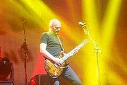 Vůbec nejúspěšnější turné v historii kapely vyvrcholilo pondělním koncertem v brněnské DRFG Areně pro slovenského zpěváka Pavola Haberu a jeho doprovodnou skupinu Team.