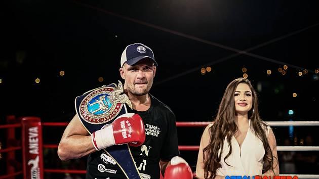 Brněnský thajboxer Tomáš Hron.