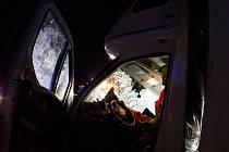 Jeden mrtvý a jeden zraněný cizinec. Taková je bilance nedělní srážky kamionu a nákladního auta na 178. kilometru dálnice D1 ve směru na Prahu.