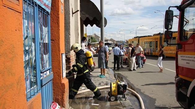 Požár domu v ulici Dornych.