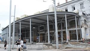 Rekonstrukce levého křídla hlavního nádraží v Brně.