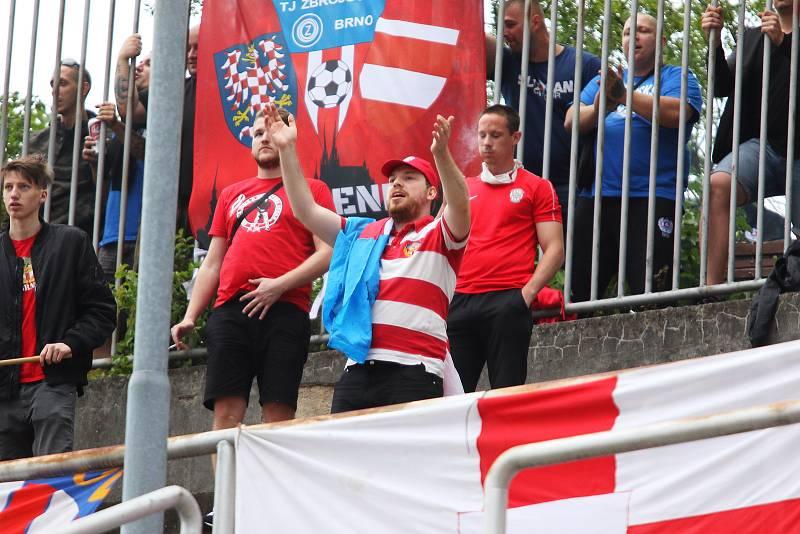 Brněnští fotbalisté zvítězili v domácím druholigovém utkání nad Třincem 5:0.