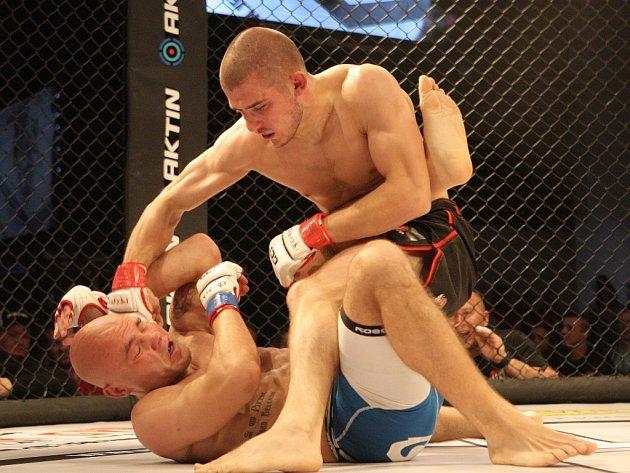MMA Cage Fight v Brně.