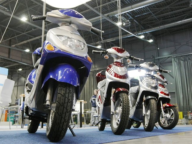Brněnský motosalon v roce 2012 představí horkou novinku od Jawy.