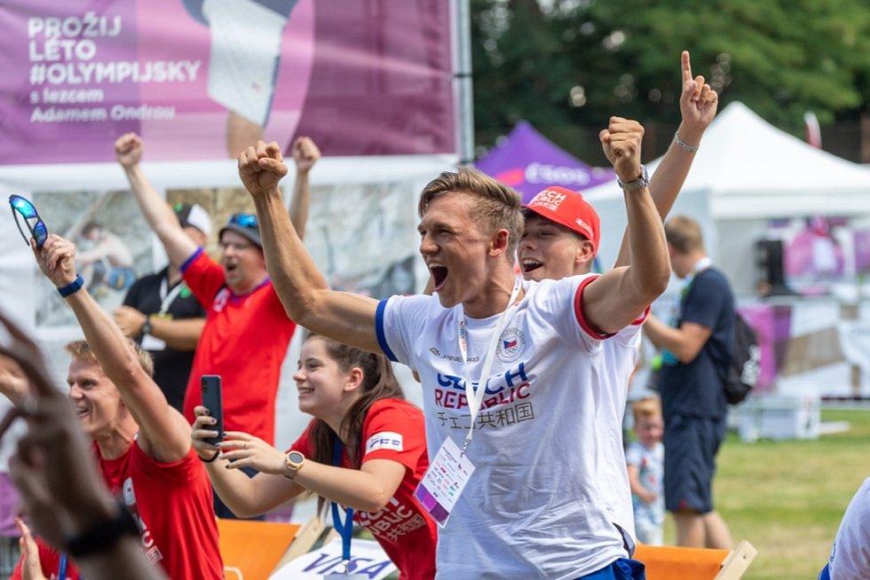 Šermíř Marek Totušek sledoval pondělní výkon svého kamaráda Alexandera Choupenitche na olympijském festivalu v Brně.