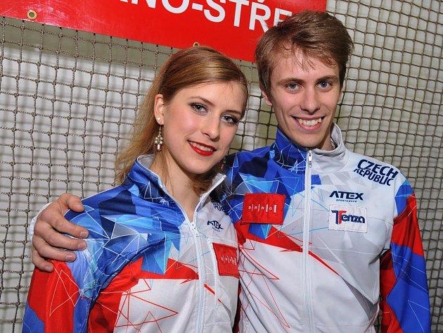 sourozenci Eliška Březinová a Michal Březina.