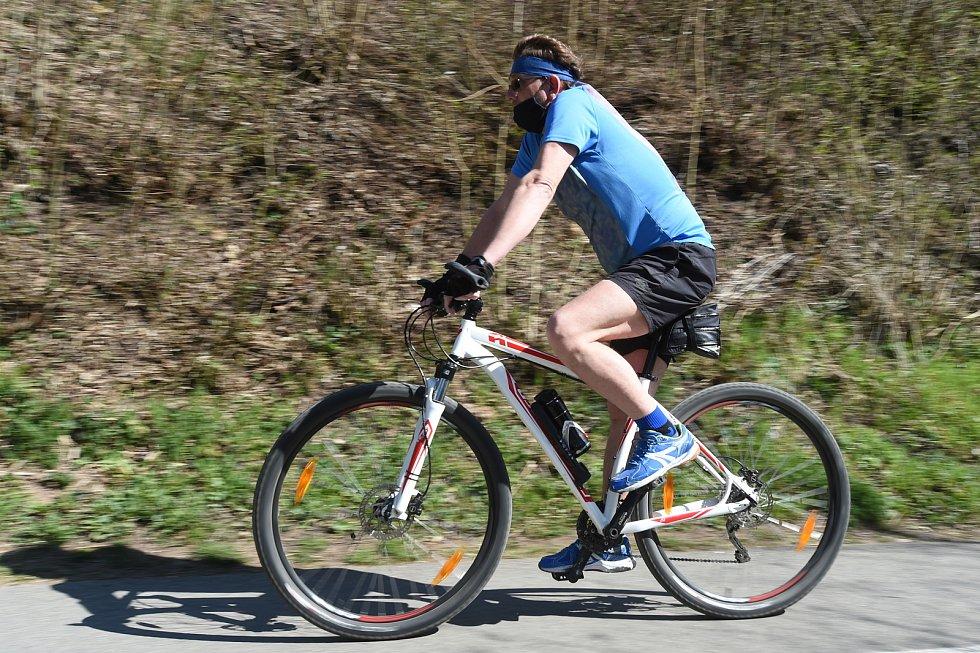 Cyklostezka v Bílovicích nad Svitavou.