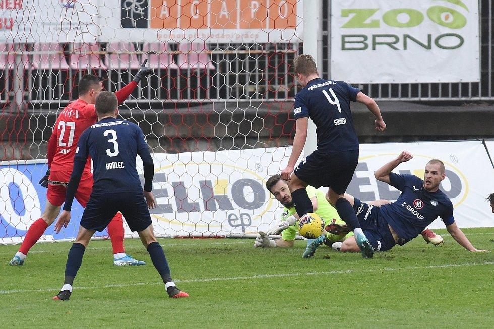 Brno 16.12.2020 - domácí FC Zbrojovka Brno v červeném proti 1. FC Slovácko
