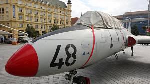 Chlouba československého letectví v Brně: náměstí Svobody se změnilo na letiště