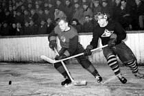 Hokejisté Rudé hvězdy Brno v sezoně 1954/1955 kdy získali první titul.