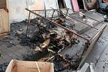 V tržnici na brněnské Olomoucké ulici začalo v pátek policejní vyšetřování požáru.