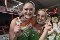 Basketbalistky Handicapu ve finále Českého poháru bojovným výkonem překvapily favorizovaného městského rivala KP Brno a v dramatickém souboji vybojovaly trofej po vítězství 88:81.