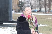 Na brněnském náměstí 28. října uctili lidé památku obětí holokaustu.