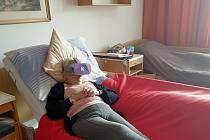 Modřičtí senioři si dopřávají cestování a nové zážitky díky virtuální realitě.
