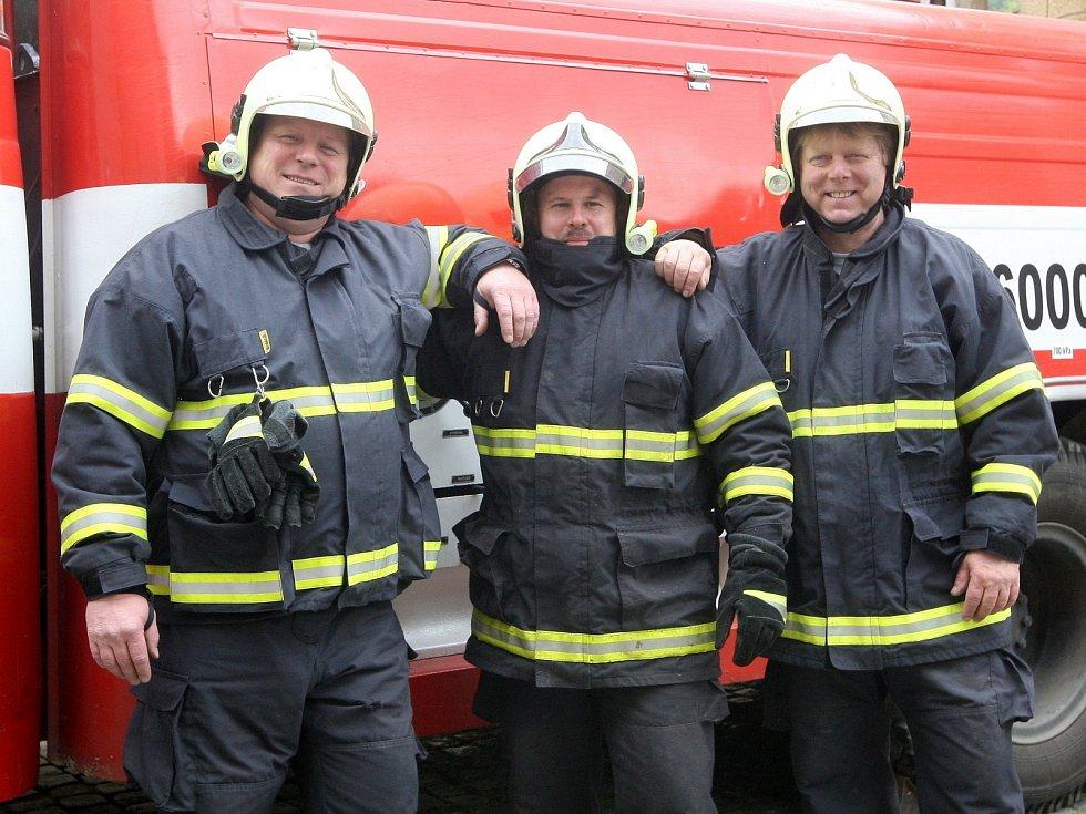 Dobrovolní hasiči z Doubravníku na Brněnsku.