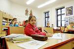 Brněnská základní a mateřská škola ve Staňkově ulici spojuje děti různých národností z víc než třiceti zemí po celém světě.