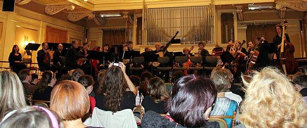 Koncert ansámblu Czech Ensemble Baroque pod vedením dirigenta Romana Válka vBesedním domě vBrně.