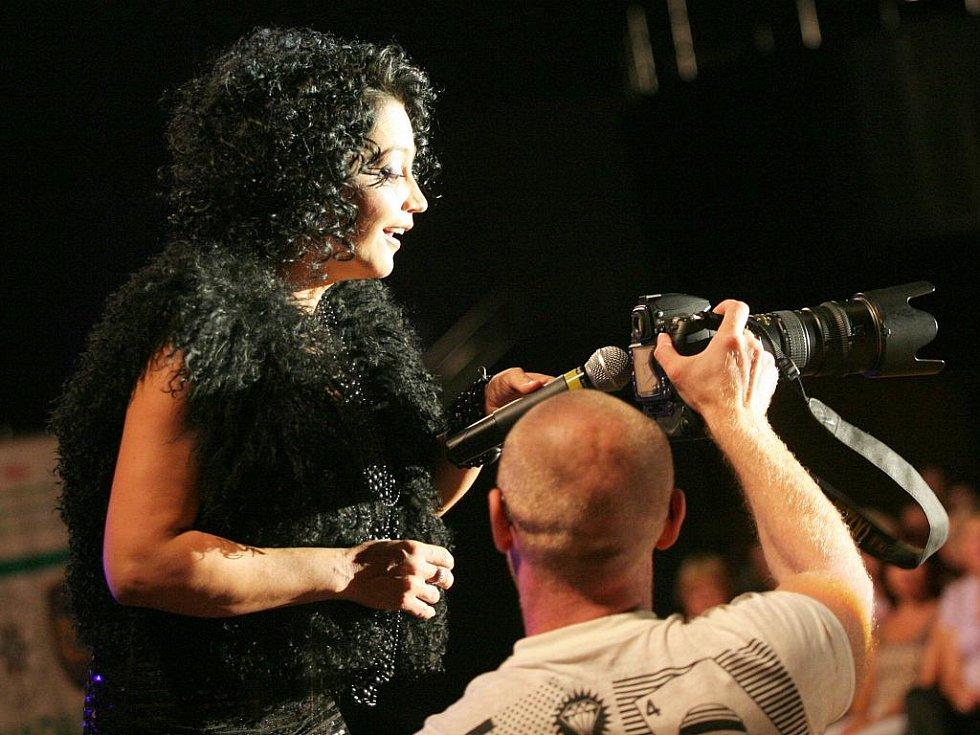 Jedenáctinásobná Česká slavice Lucie Bílá s podzimní koncertní šňůrou Bang Bang tour 09 v brněnském Boby centru.