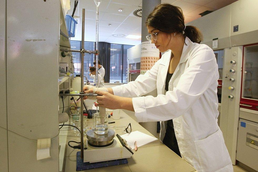 55. národní kolo chemické olympiády na Masarykově univezrzitě v Brně.