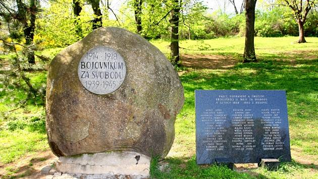 Park Marie Restituty v brněnských Husovicích.