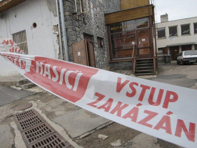 Velké množství čpavku uniklo ve čtvrtek kolem desáté hodiny dopoledne ze zimního stadionu v Rosicích na Brněnsku.