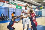 Z basketbalového utkání o třetí místo Kooperativa NBL Kolín - Brno (90:89).