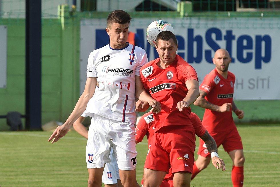 Při posledním derby mezi Líšní a Zbrojovkou byly k vidění i dvě červené karty.