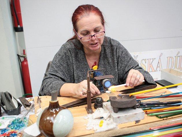 Výstava Handmade design.