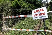 Chatařům u Brněnské přehrady spadl kámen ze srdce. Z nádrží pod takzvaným hotelem Přehrada v katastru Kníniček zmizely stovky litrů paliva, které tam ležely desítky let.