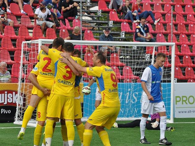 Češi si zahrají o bronz, obhájcům titulu z Rumunska podlehli až po penaltách.