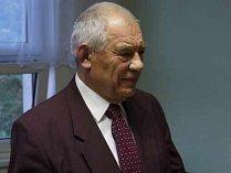 Ve věku nedožitých sedmaosmdesáti let zemřel ve středu emeritní rektor brněnského Vysokého učení technického Emanuel Ondráček.