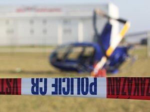 U tuřanského letiště se zřítil vrtulník. Na místě jsou dva zranění muži