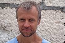 Brněnský spisovatel a básník Martin Reiner vydal povídky, v nichž se zaobírá situacemi v mezilidských vztazích – včetně vztahu člověka k sobě samému.