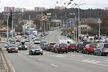 Start prací na odstranění dopravního špuntu u Tomkova náměstí - stavbaři letos začnou s výstavbou další části tolik potřebného velkého městském okruhu v Brně.