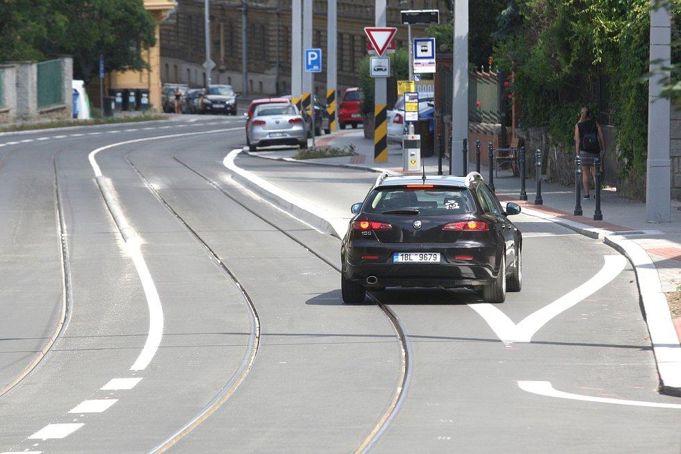 Dopravní značení v brněnské Údolní ulici. Ilustrační foto