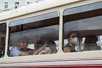 Brňanům zpříjemnila sobotní odpoledne Dopravní nostalgie, přehlídka historických vozů, kterými se mohli i svézt.