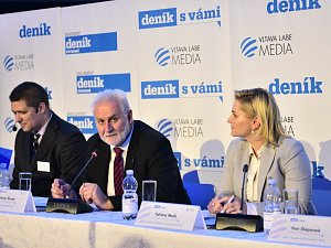 Druhá série panelové diskuze s jihomoravským hejtmanem Šimkem
