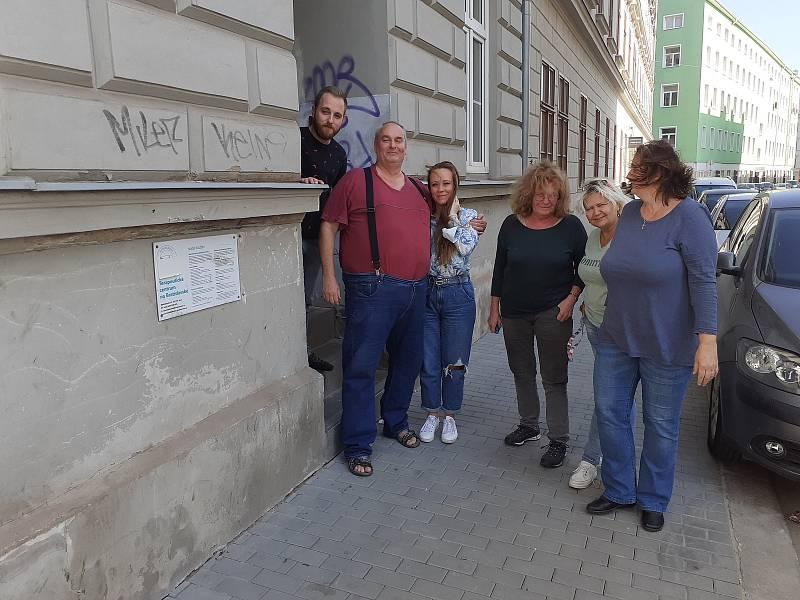 Zaměstnanci Terapeutického centra v brněnské Bratislavské ulici pečují především o drogově závislé a jejich rodiny.