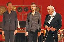 František Gregor Emmert (vpravo) a OK Percussion Duo.