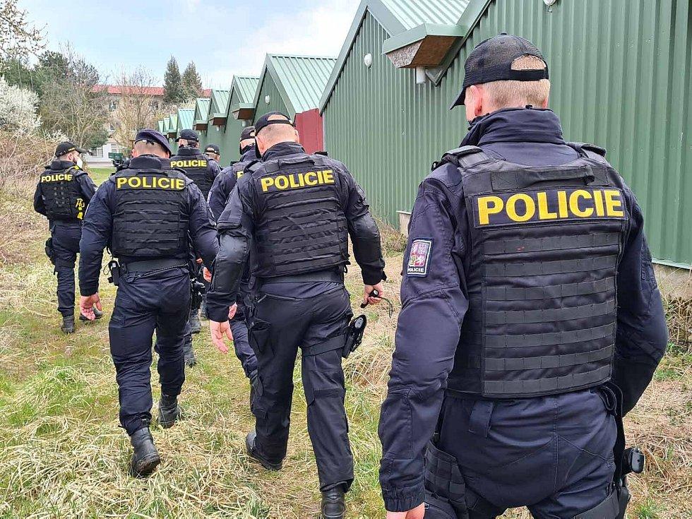 V pondělí po chlapci pátrali policisté v oblasti Jundrova.