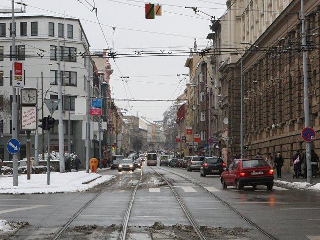 Pohled na úsek ulice Veveří, který se dočká oprav - od Žerotínova náměstí až po Konečného náměstí.