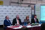 Prezident Zeman se v úterý po obědě setkal se zaměstnanci slavkovského LIKO-Su.