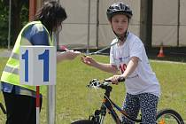 Ukázat, že ovládají pravidla silničního provozu, se v úterý snažily děti z celé jižní Moravy v Areálu dopravní výchovy v brněnských Pisárkách. V krajském kole soutěže Mladý cyklista se vzájemně utkalo šestnáct smíšených družstev.