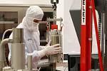 Firma Tescan sídlící vbrněnských Kohoutovicích za rok vyrobí asi dvě stě padesát elektronových mikroskopů. Spolus dalšími dvěma firmami ze stejného města pokrývají téměř třetinu světové poptávky po těchto zařízeních.