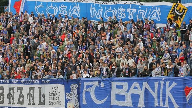 Atraktivní zápas 3. kola fotbalové ligy skončil v Ostravě remízou, která se více zamlouvala hostujícímu Brnu. Domácí byli lepší hlavně v prvním poločase, lídr tabulky zlobil zase po přestávce.