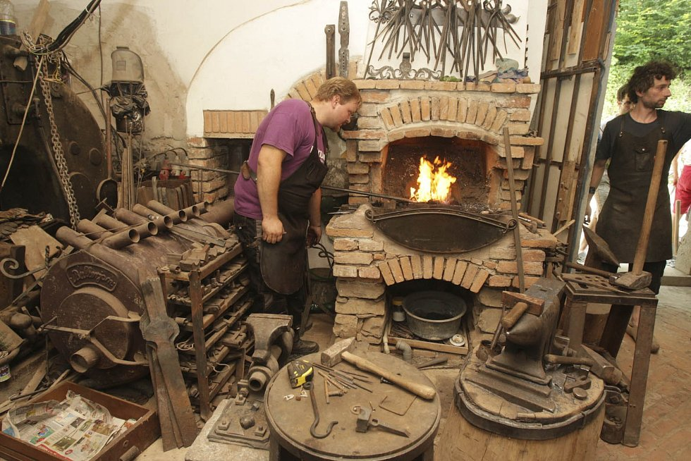 Podívat se na ukázky kovářského řemesla nebo si ho i na vlastní kůži vyzkoušet mohli lidé v druhé polovině července na akci pojmenované Obřanský obr.
